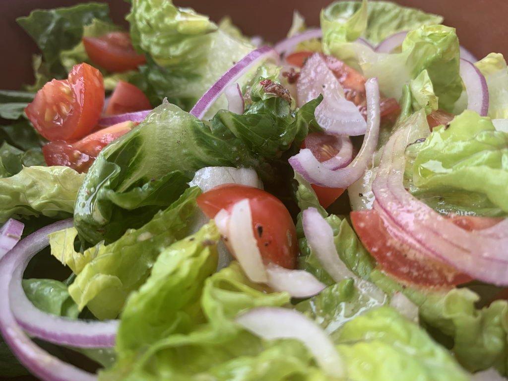 gemischter Salat dazu