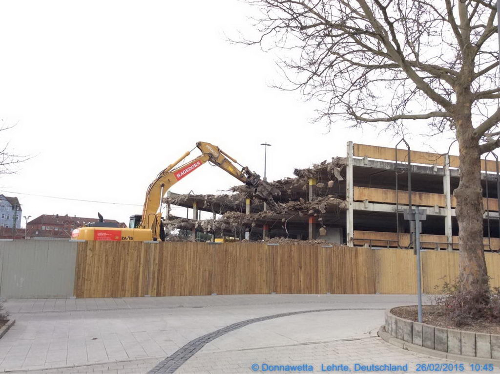 Abriss-Parkhaus-2015-02