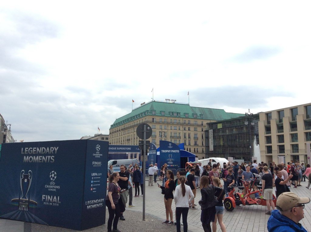 Berlin 2015 - Blick auf Hotel Adlon