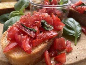 Bruschetta - auf Brot