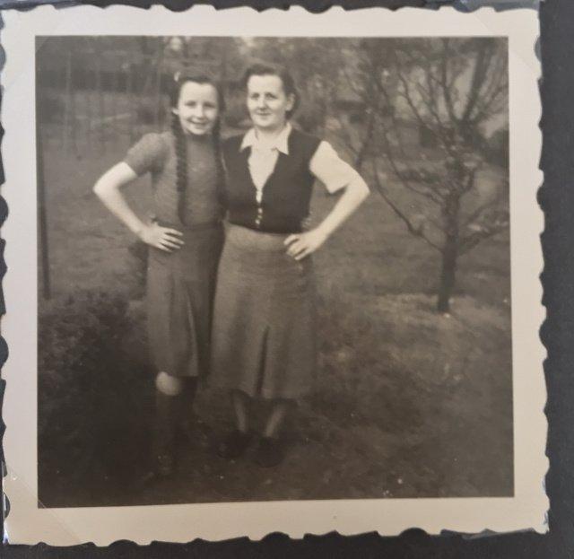 meine Oma mit Tochter Erika