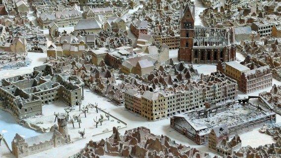 Hannover nach dem Zusammenbruch, Modell im Neuen Rathaus Hannover