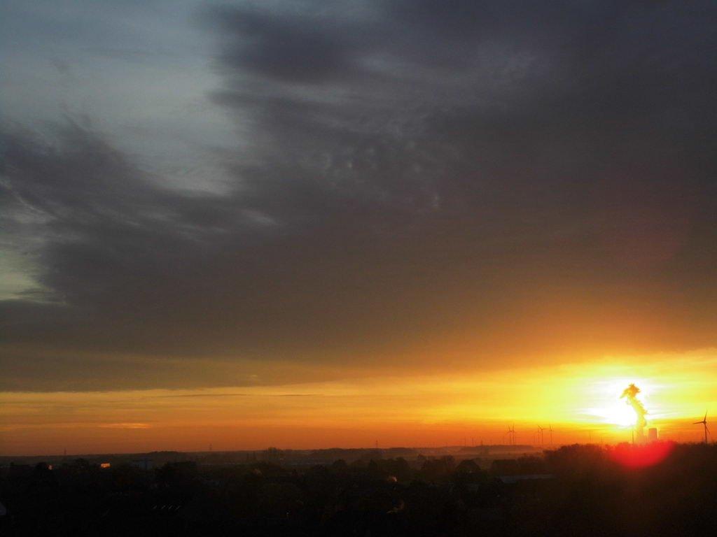 Lehrte im Morgenrot