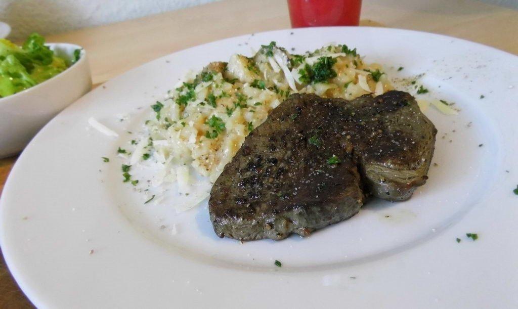 Rinderfilet mit Steinpilz-Risotto