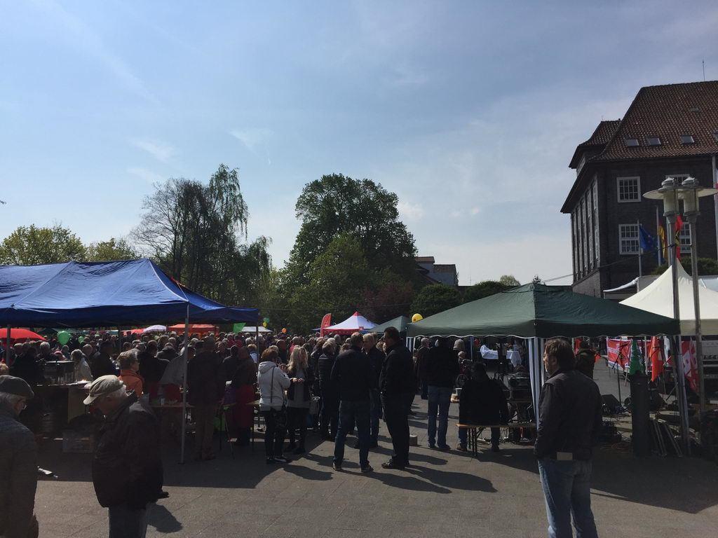 1 Mai 2017 vor Rathaus Lehrte