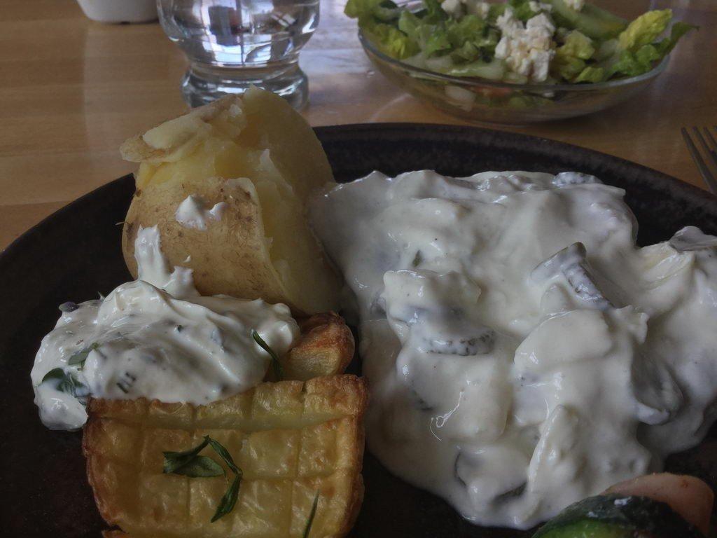Kochgruppe mit Sommerhitze - Matjestopf Hausfrauenart