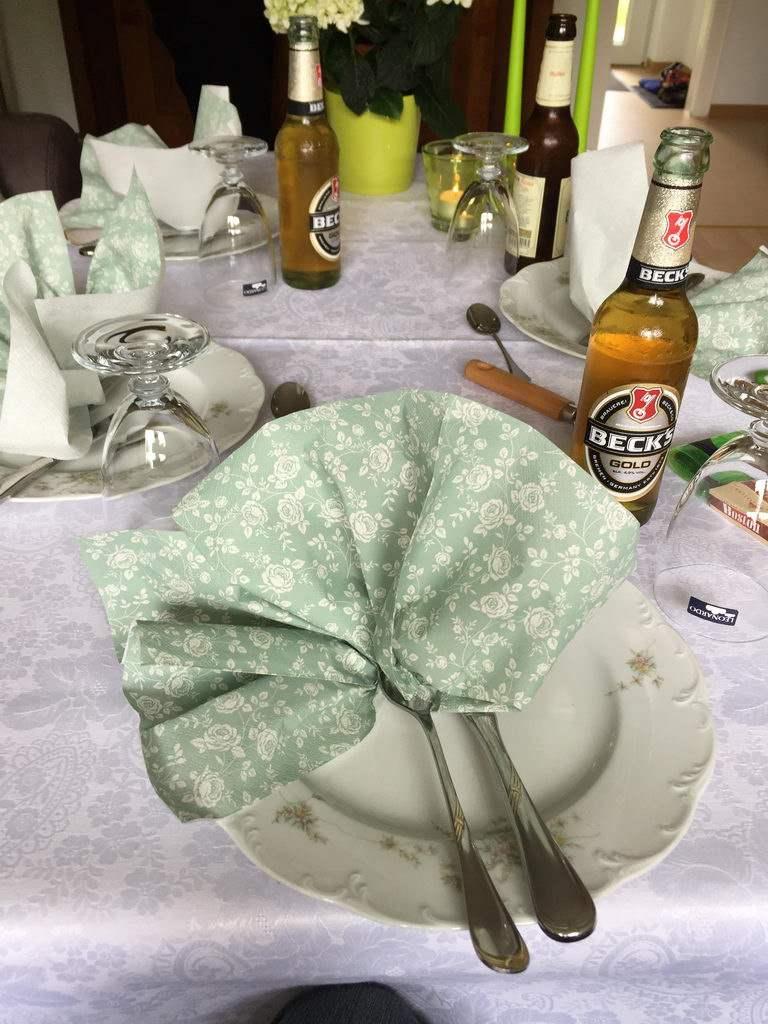 aufgetischt - Spargel essen bei Mutter in Gedenken an meinen Papa
