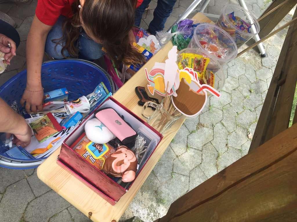 Tombola beim Sommerfest 2017 mit Lehrte hilft