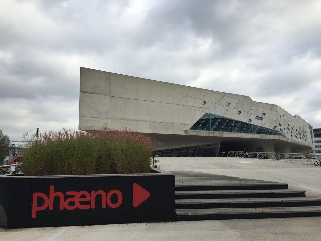 Ausflug zum phaeno in Wolfsburg mit Lehrte hilft