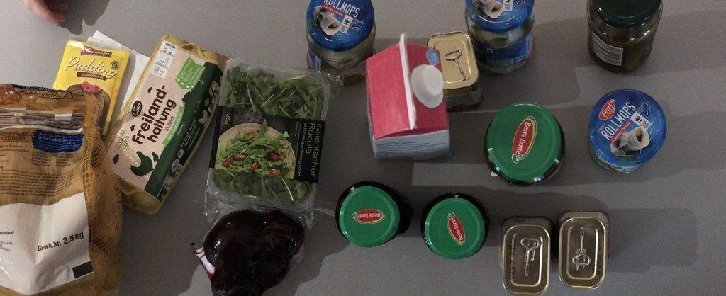 Kochgruppe mit Rucolasalat Labskaus Schokopudding - Einkauf