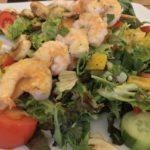 Nachmittags Salat in Brasserie Lehrte