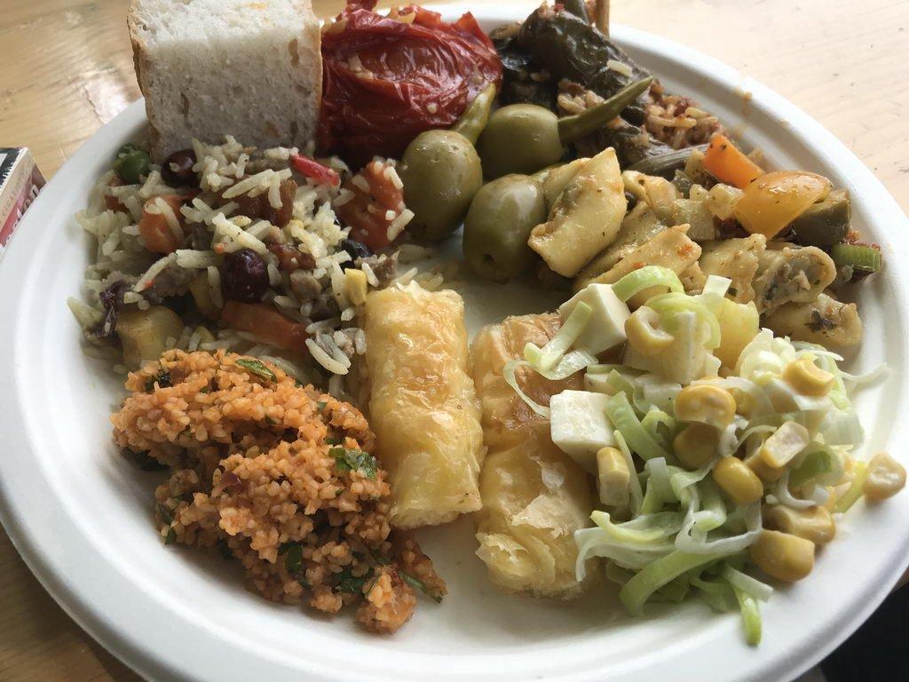 Sommerfest 2018 mit Lehrte hilft - mit höllisch scharfen Oliven