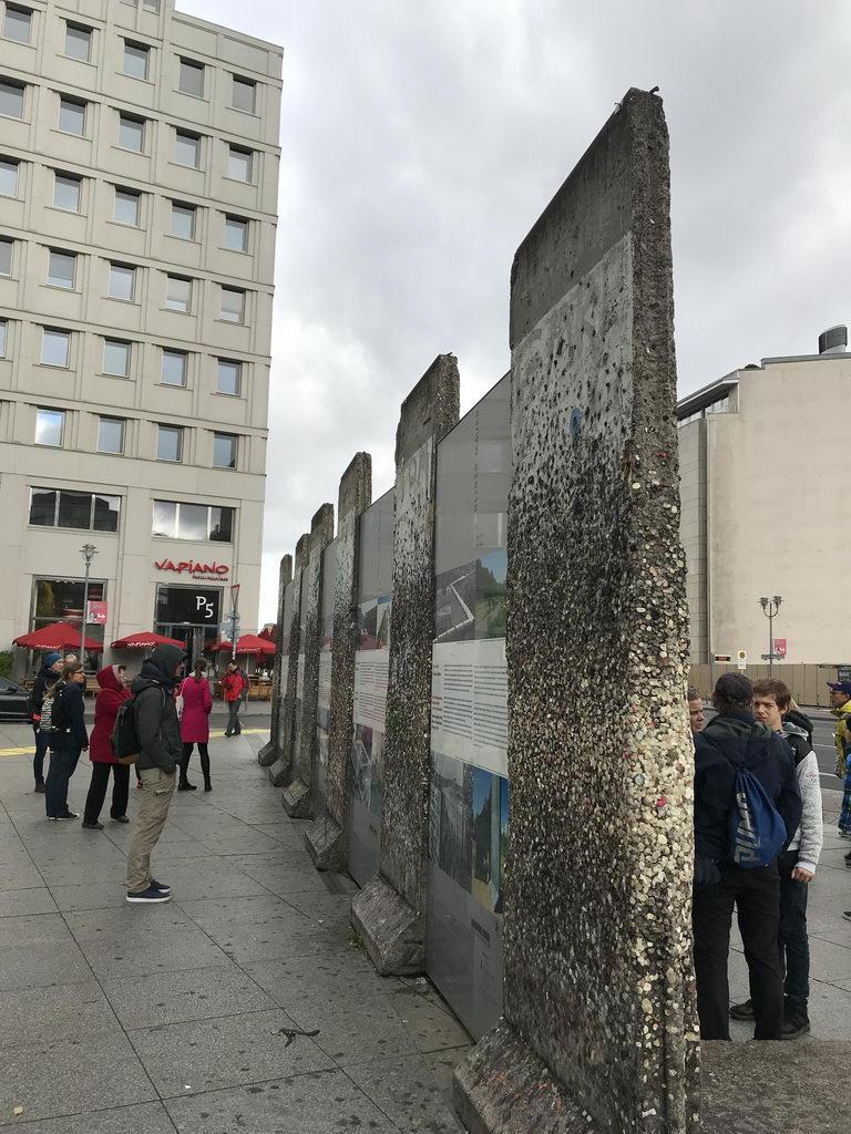 Berlinbesuch mit DRK OV Lehrte - an der ehemaligen Mauer