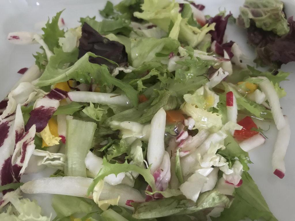 Salat nur in Kantine gegen Bezahlung Agnes-Karll-Krankenhaus