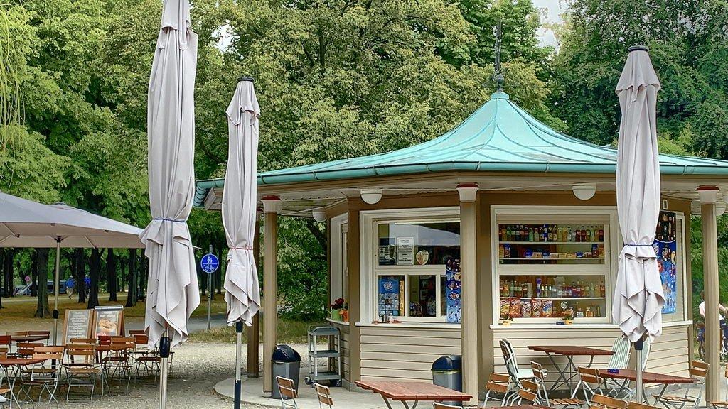Pause am Kiosk Herrenhäuser Garten