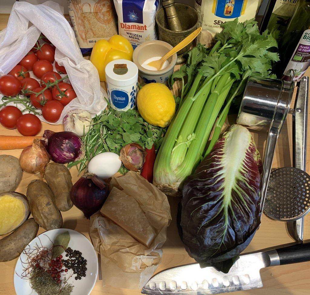 Kartoffel-Gnocchi mit Tomaten-Sugo - Zutaten