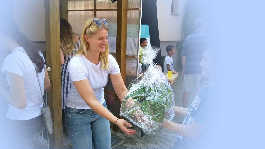 Sommerfest 2019 mit DRK OV Lehrte - Geburtstagsstrauß