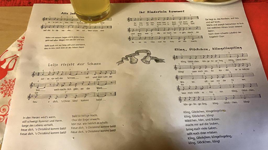 Weihnachtsfeier 2019 beim DRK Lehrte - singen