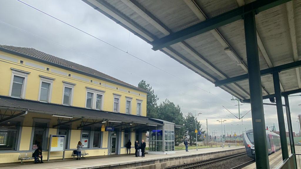 am Bahnhof Lehrte