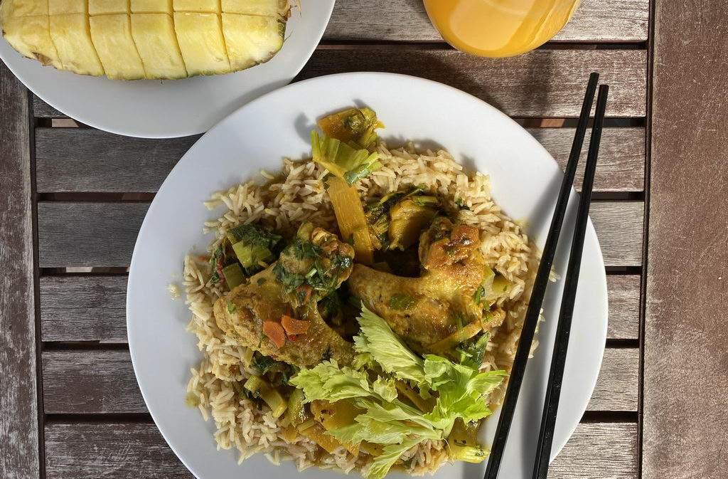 Hähnchen-Curry - serviert