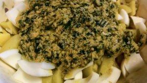 Kartoffelsalat mit Schnittlauch-Vinaigrette - mischen