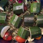 Poularde - Calvados - Kräuter und Beilagen - Zucchini dazu
