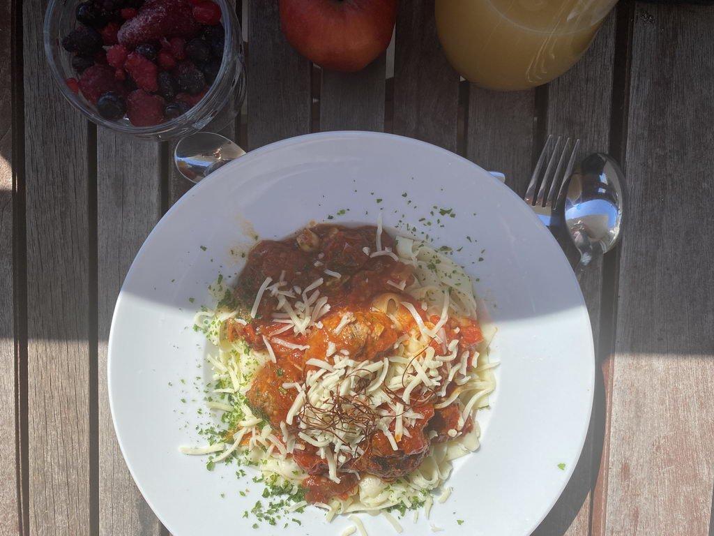 Susi und Strolch - Pasta serviert