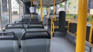 Bus mit verlorener Radkappe und Umweg 1