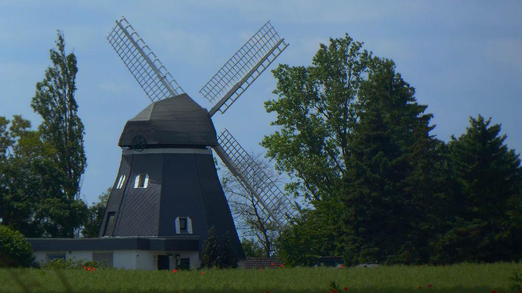 Mühle an der Bundestrasse